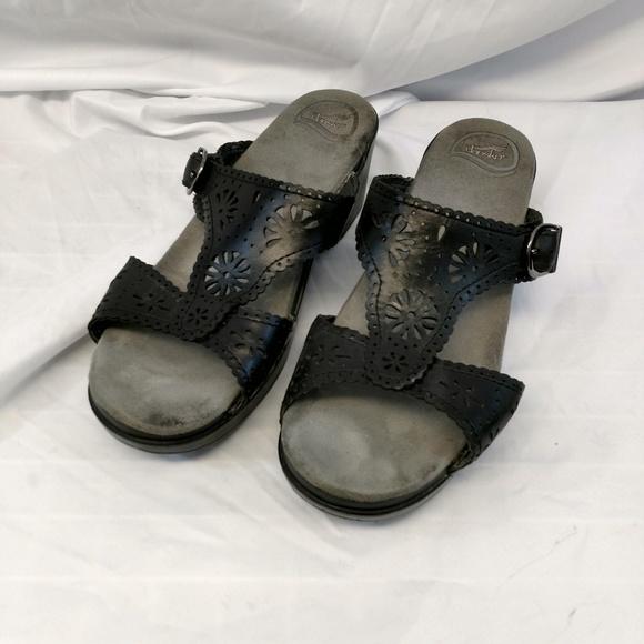 e50beaeb64c Dansko Shoes - Dansko Black Leather Sandals Extra Wide 11